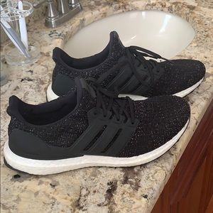 Like new women's Adidas ultra boost